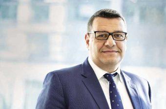 خالد حمزة، نائب رئيس مكتب البنك الأوروبى لإعادة الإعمار